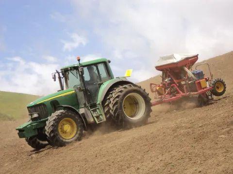 farm contractors